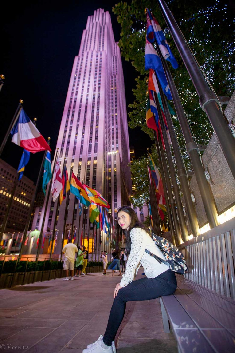 travel_night-at-rockefeller-center_02.jpg