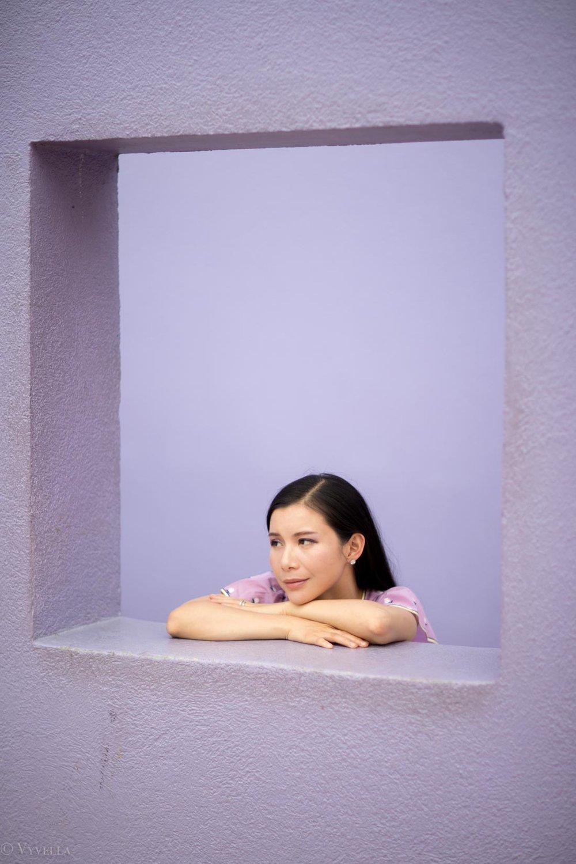 looks_light-purple-ruffle-dress_03.jpg