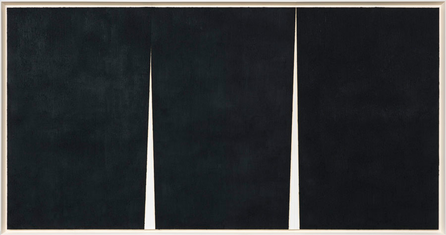 Above: Double Rift II, 2011, Paintstick on handmade paper, 105 1/8 x 199 1/8 in. (267 x 505.8 cm); Richard Serra: Drawings, Upsilon Gallery, New York, 2016. Photo by Rob McKeever.