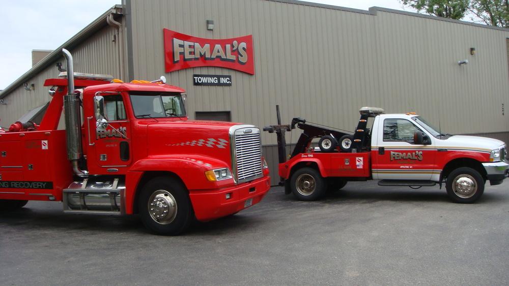 Femal's Towing 086.JPG