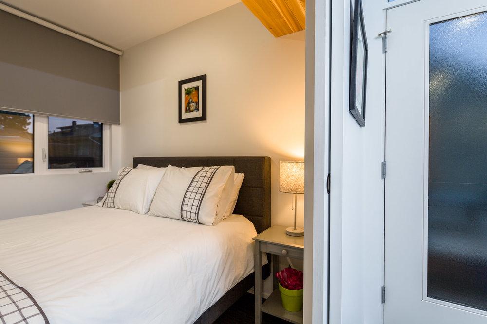 H04 2 Bedroom.jpg