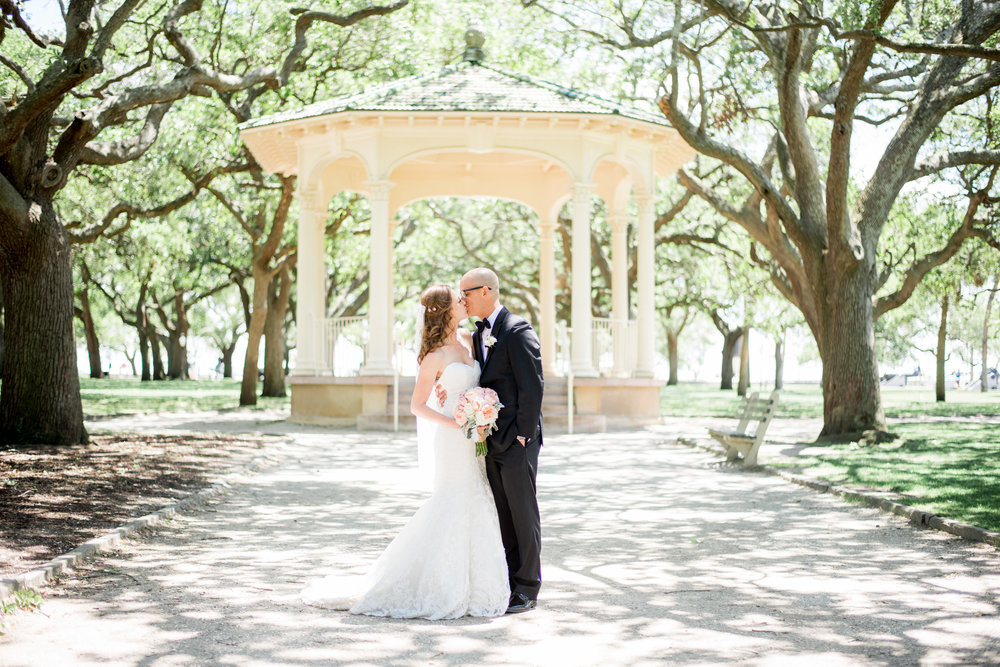DOWNTOWN CHARLESTON INTIMATE ELOPEMENT // AMANDA + JUSTIN