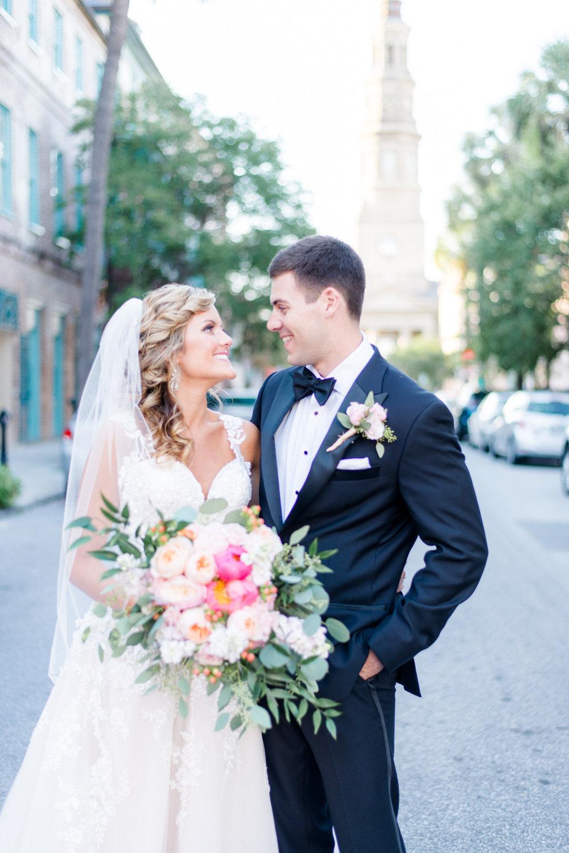 ROMANTIC DOWNTOWN CHARLESTON WEDDING // BRIANNA + MATTHEW