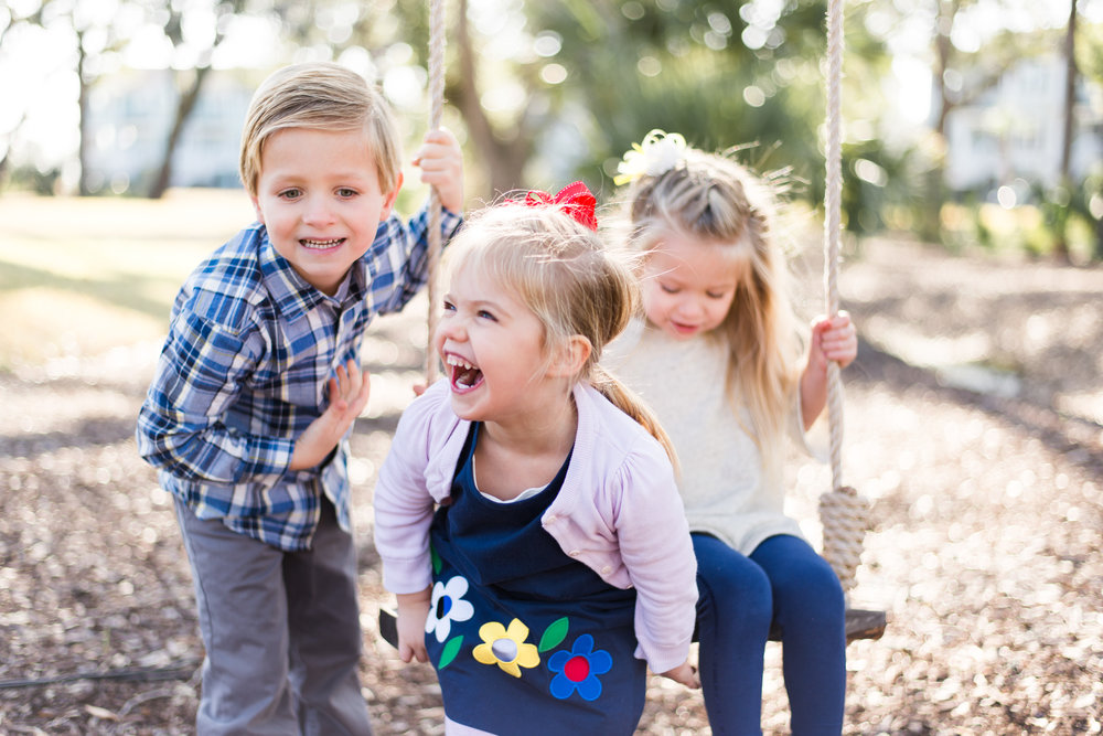 WINTER FAMILY SESSION IN CHARLESTON