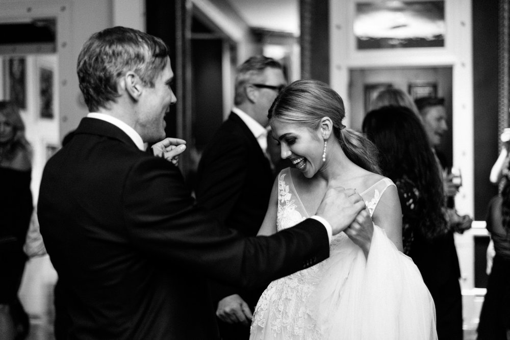 HOW TO CHOOSE YOUR WEDDING PHOTOGRAPHER IN CHARLESTON