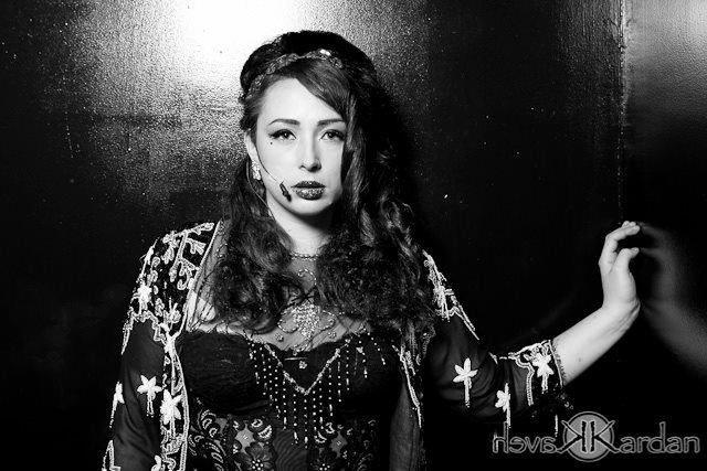 Ailsa Krefft, Singer
