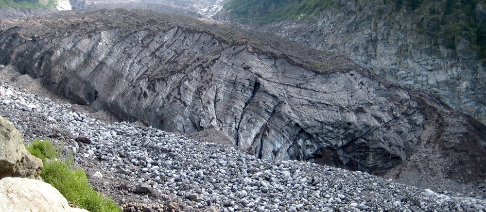 Carbon Glacier in 2007 (Northern Loop Trail)