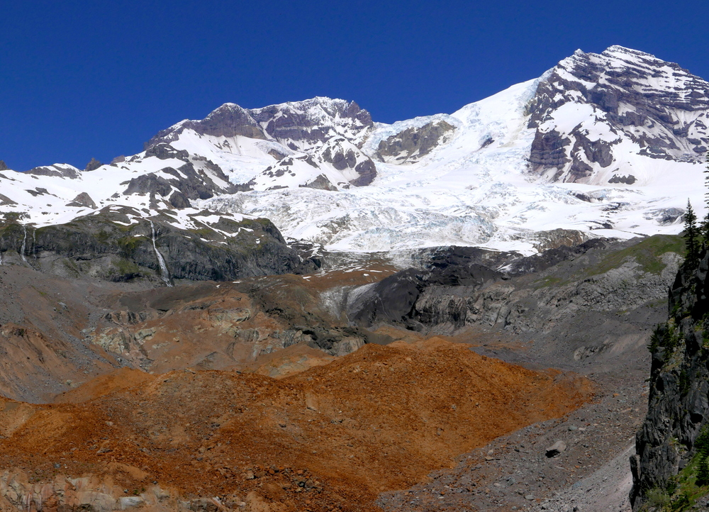 the mountain and Tahoma Glacier from below Emerald Ridge (Western Loop)
