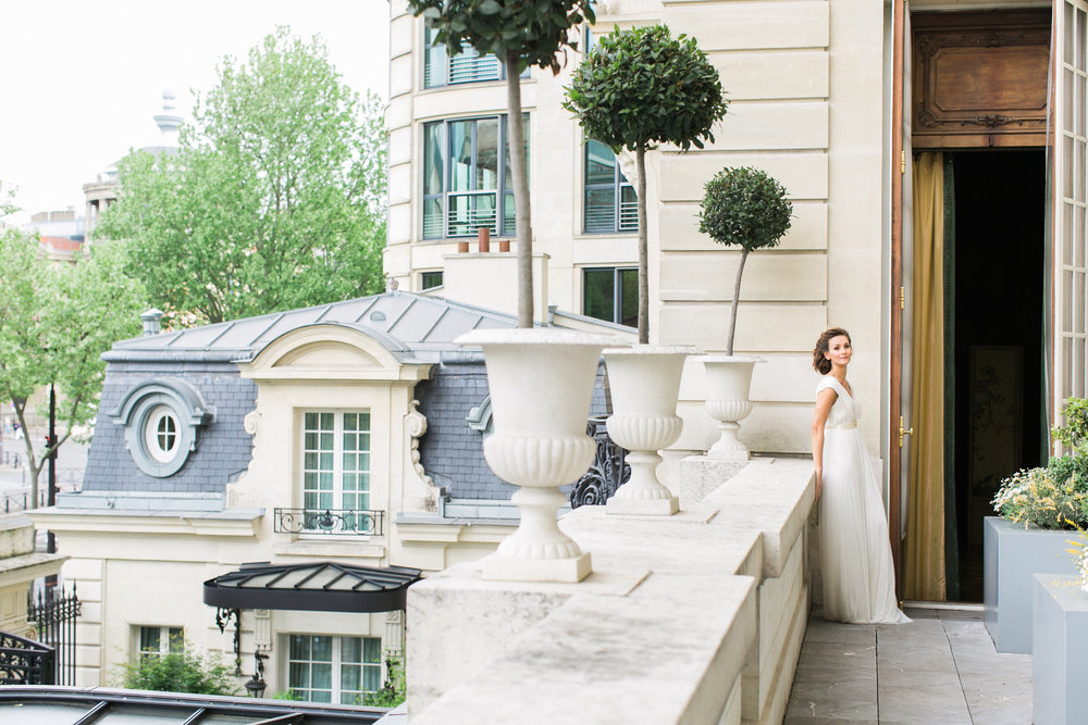 A Wedding Elopement at the Shangri-La Hotel Paris | Wedding Planning & Design by Cynthia Martyn Fine Events | Fine Art Wedding Planner & Designer | Paris Wedding Planner