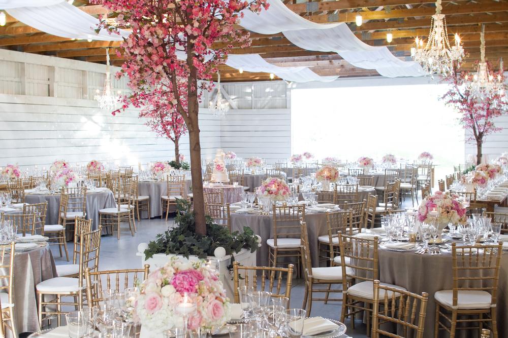 Barn Wedding | Beautiful Golf Club Wedding | Wedding Planning & Design by Cynthia Martyn Fine Events | Fine Art Wedding Planner & Designer