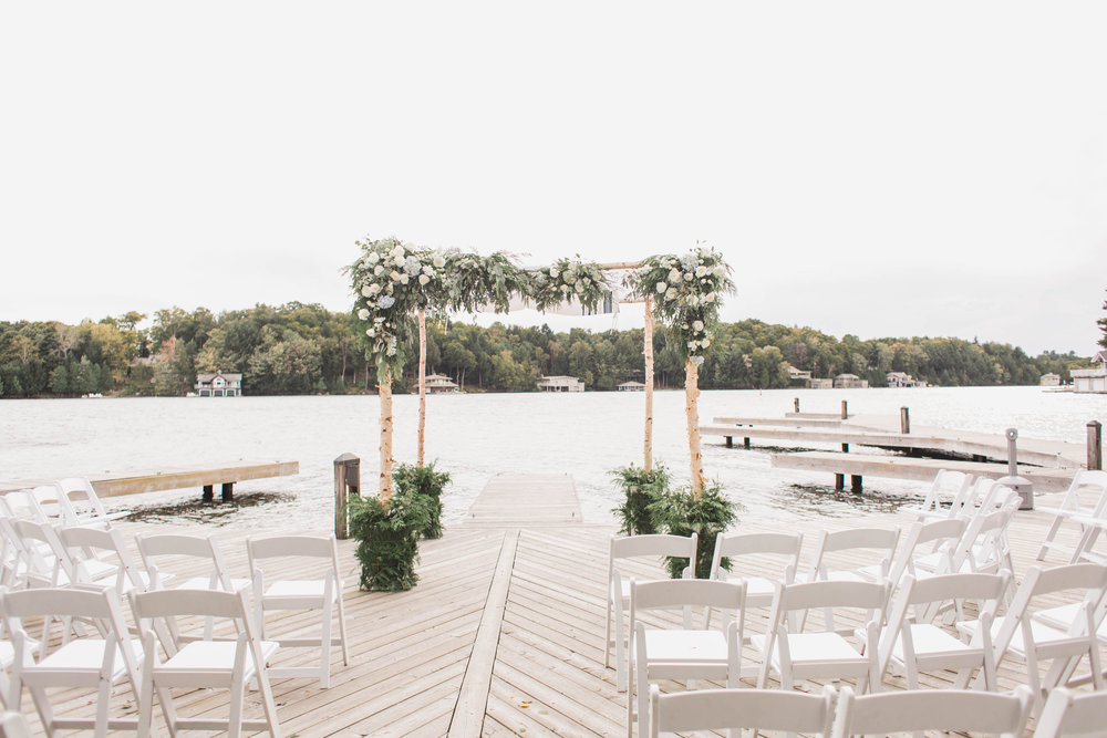 Lake Joseph Club Wedding | Planning & Design by Cynthia Martyn Fine Events | Photography by Elizabeth In Love