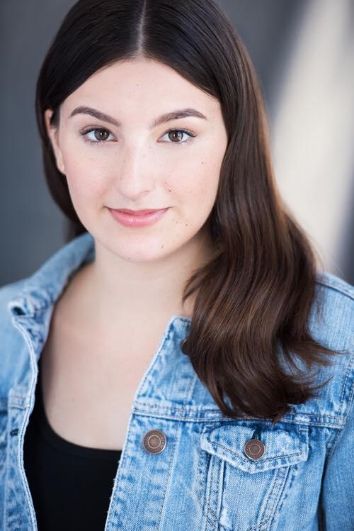 Sarah Drier (Andrea)