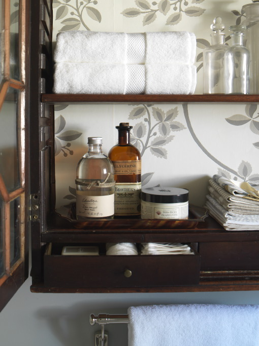 cabinetdetail.jpg
