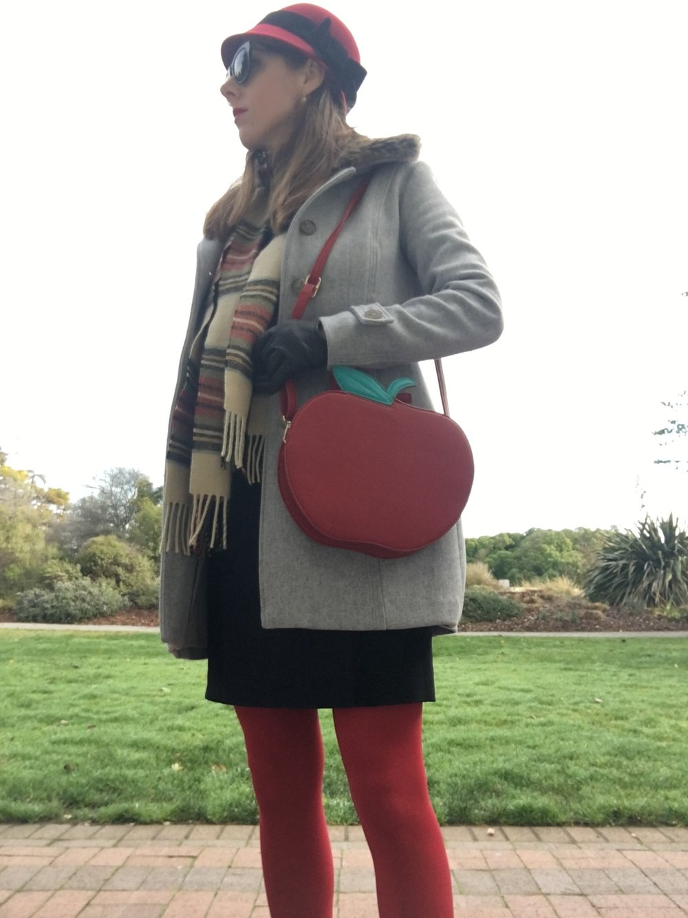 banana-republic-dress-and red-tights.jpg