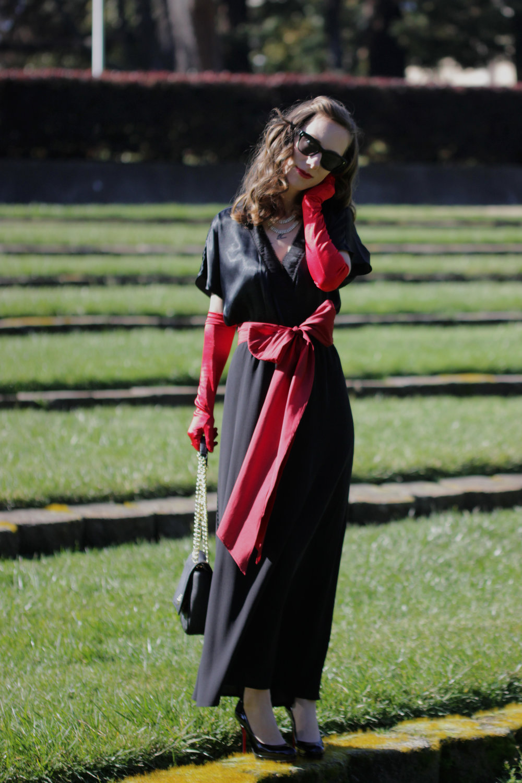 long-black-dress.jpg