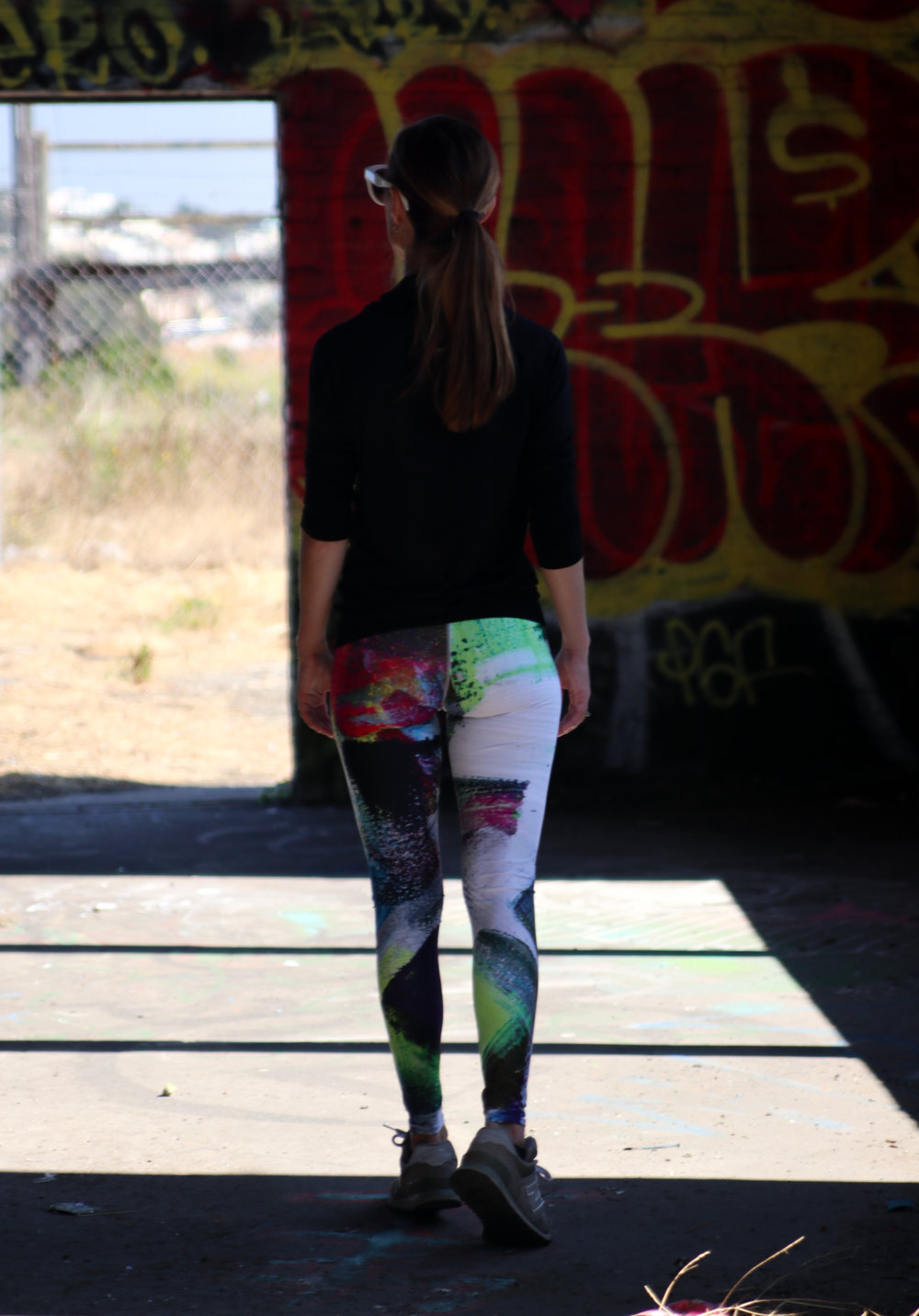 abstract-deep-leggings.jpg
