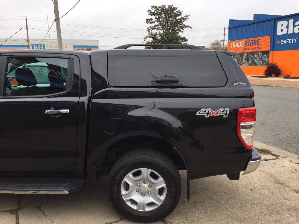 Ford Ranger ELITE Black 3.JPG