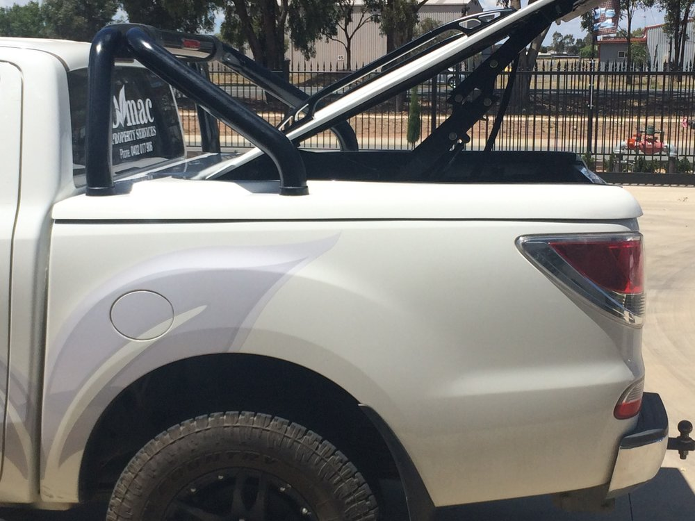 Mazda BT50 Top Up Lid with OEM styling bars White 8.JPG