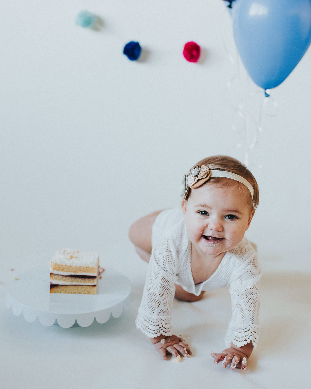 CakeSmash-Photographer-Bellingham-WA-Brianne-Bell-Photography-(Jordyn)