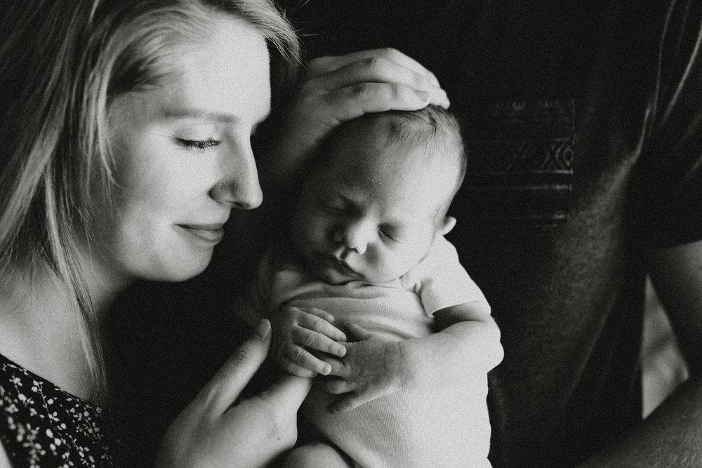 Newborn-Photographer-Bellingham-WA-Brianne-Bell-Photography-(Sebastian)-9.jpg