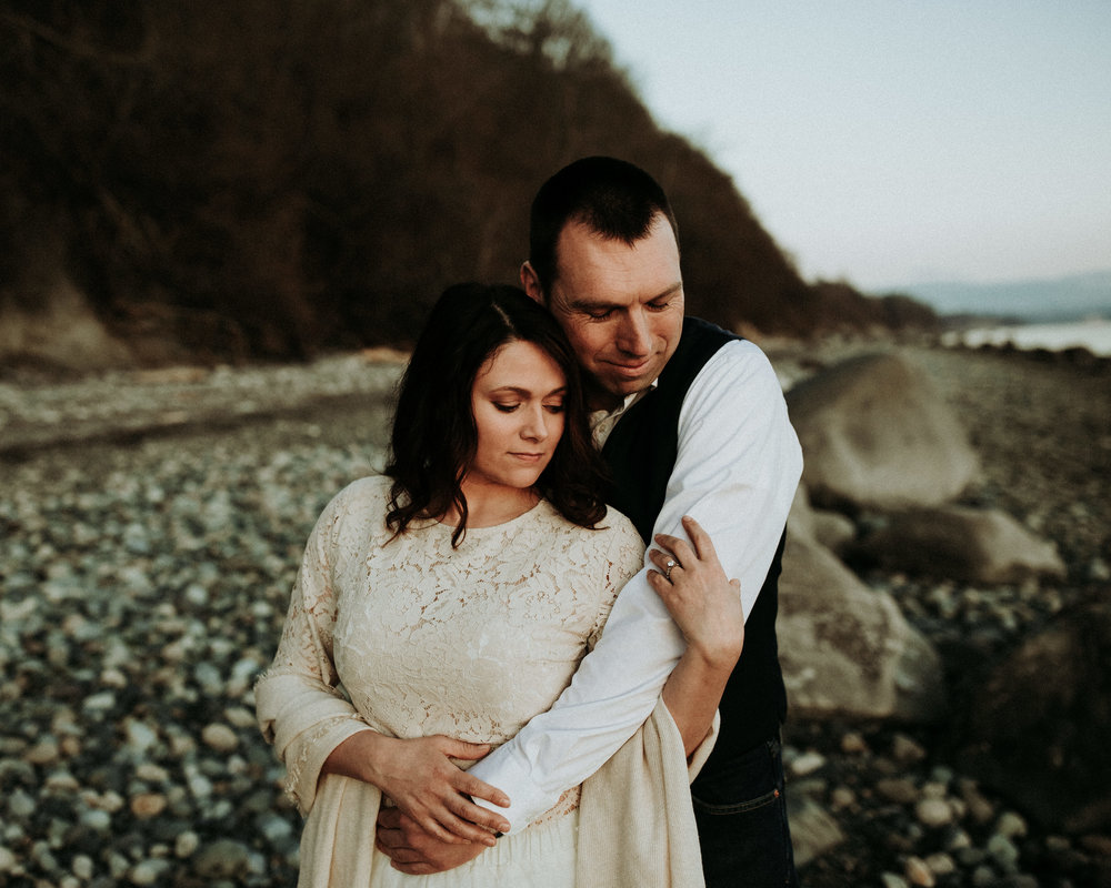 Engagement-Photographer-Bellingham-WA-Brianne-Bell-Photograpy-(Coral)-5.jpg