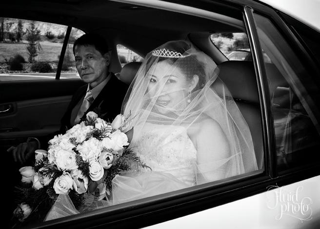 bride-arriving-08