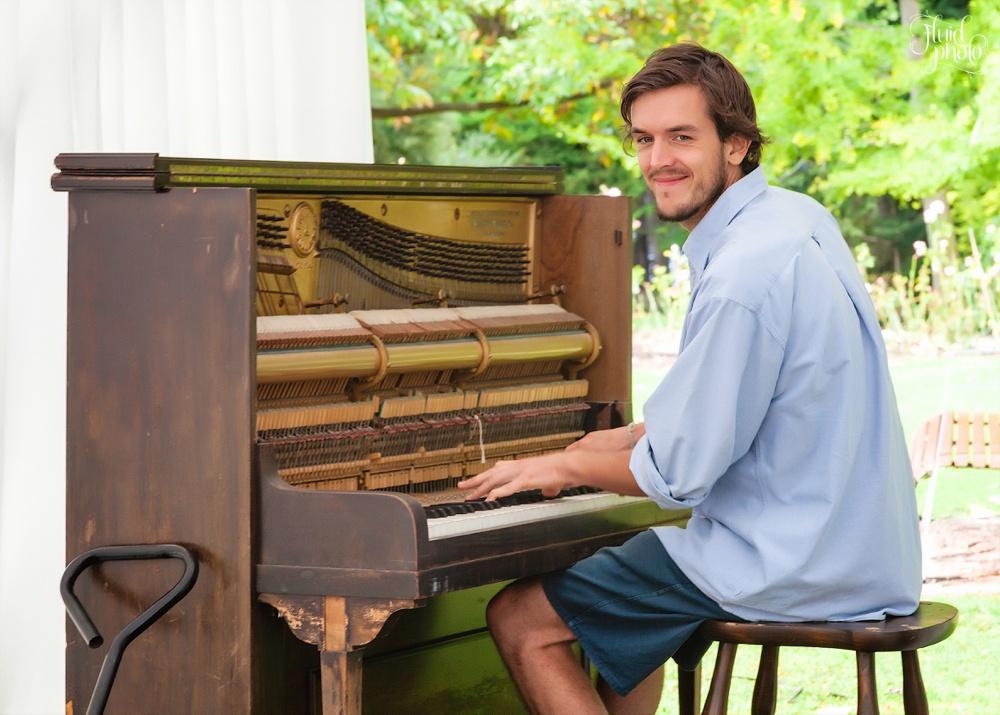 mathias piano man queenstown