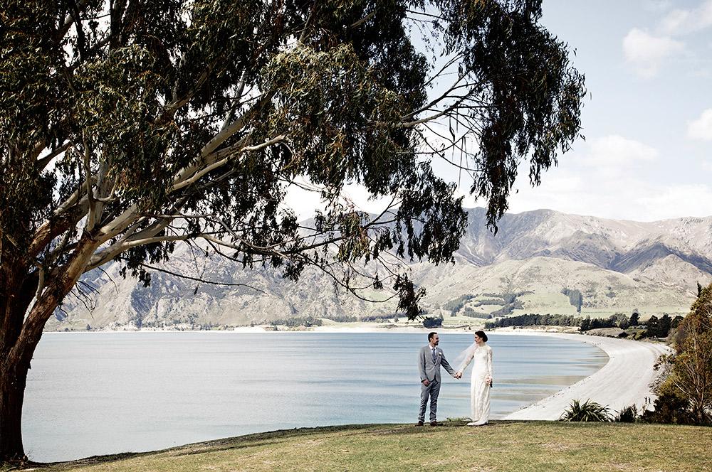 Lake Hawea wedding photo