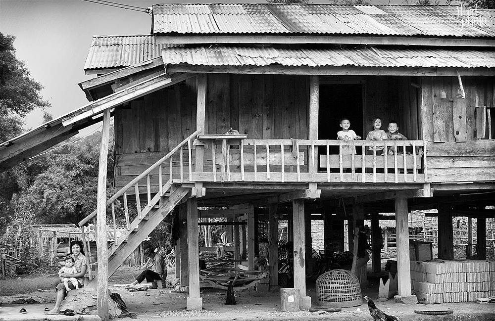 village-life-laos