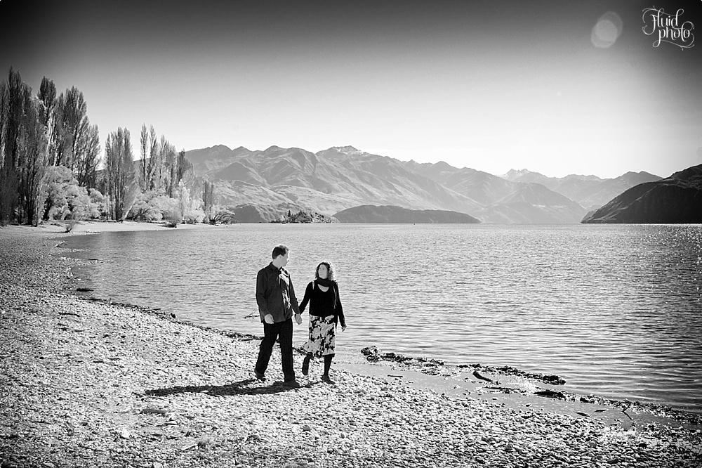 lake wanaka engagement photo