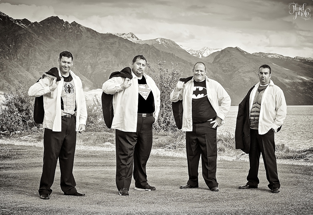 groomsmen photo ideas 36