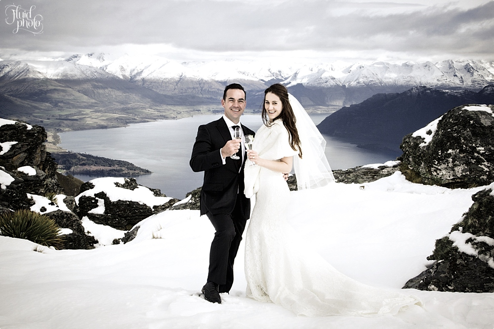 snow wedding photo 04