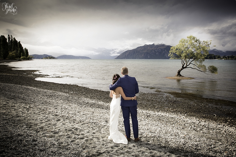 that-wanaka-tree-wedding-photo.jpg