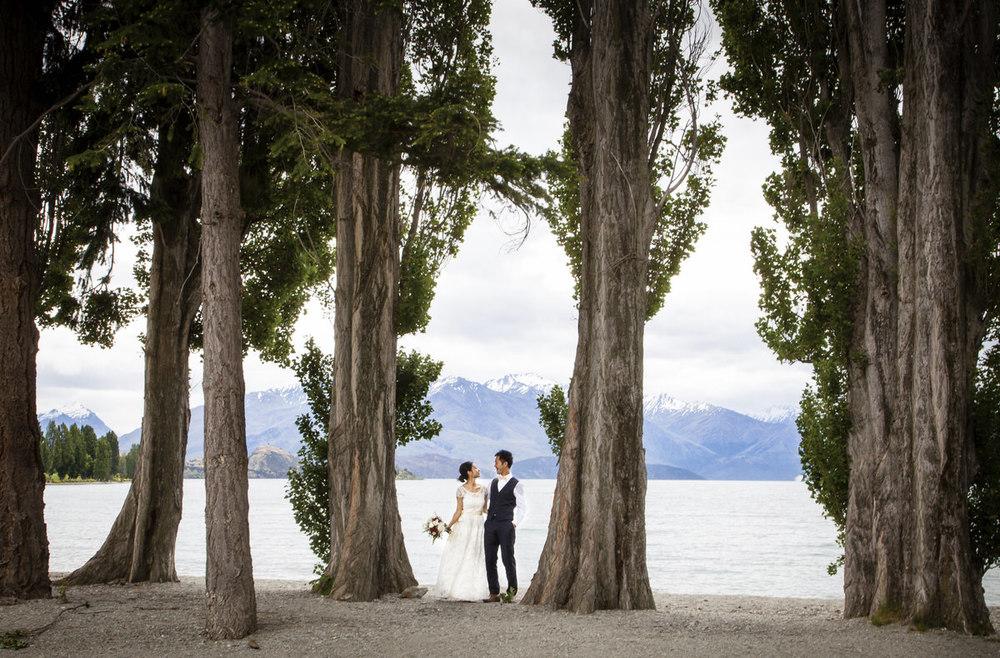 lakefront-wedding-wanaka-photo.jpg
