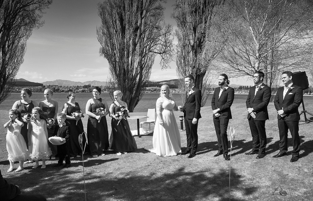 edgewater-wanaka-wedding-09.jpg