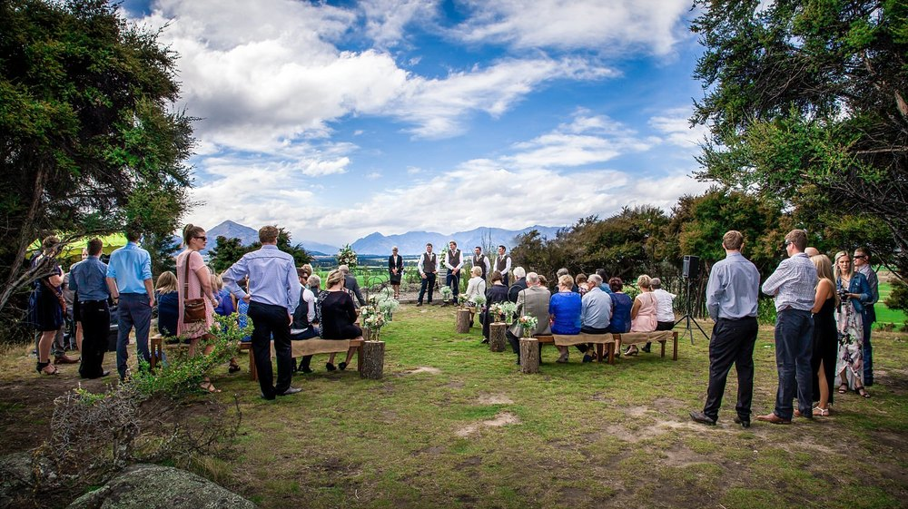 criffel-woolshed-wanaka-wedding-16.jpg