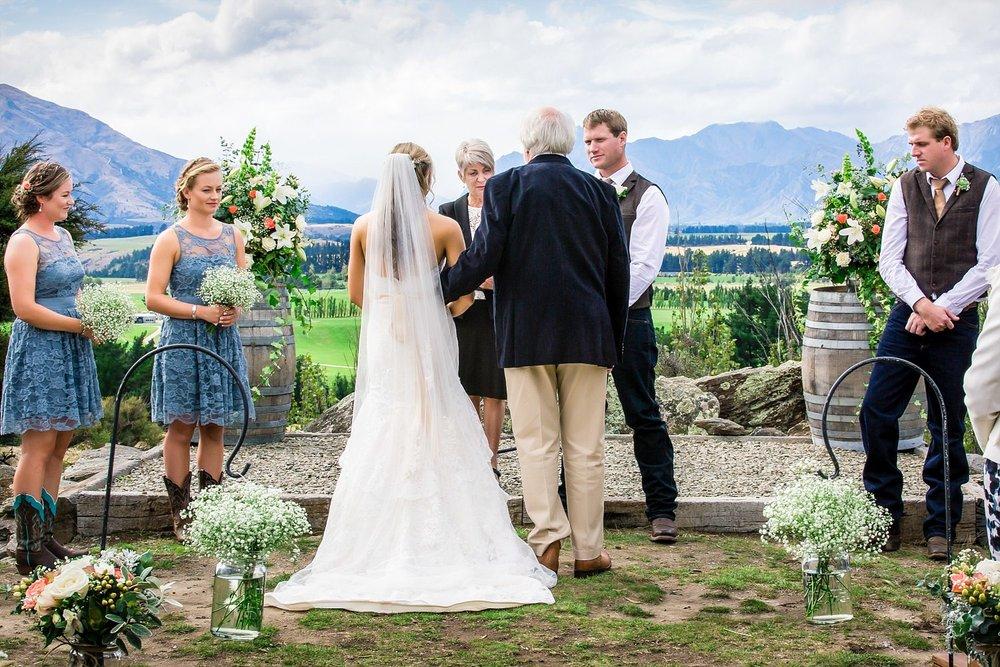 criffel-woolshed-wanaka-wedding-21.jpg