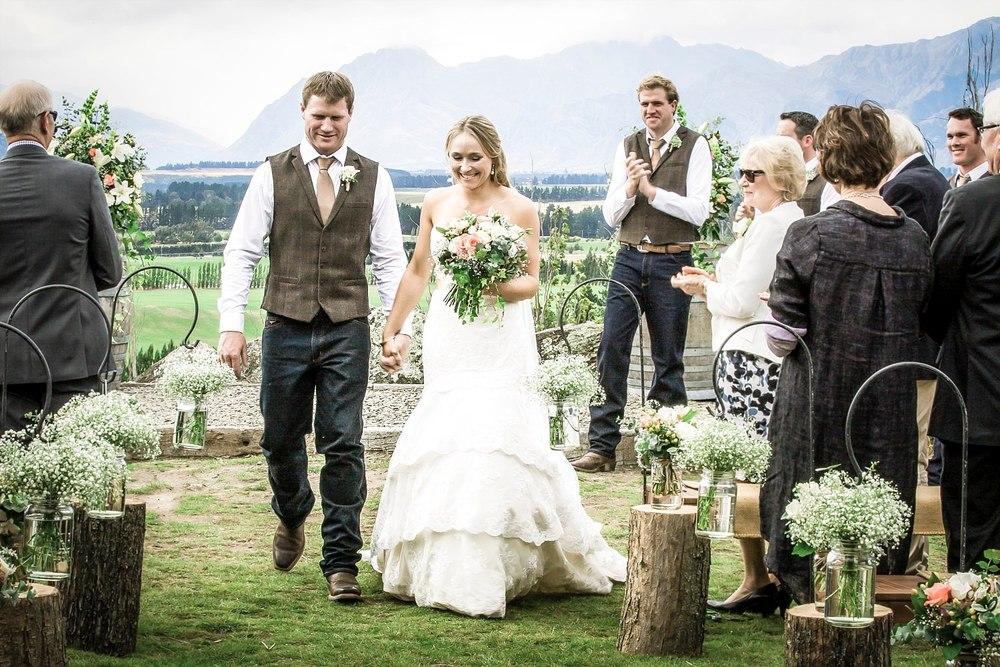 criffel-woolshed-wanaka-wedding-32.jpg