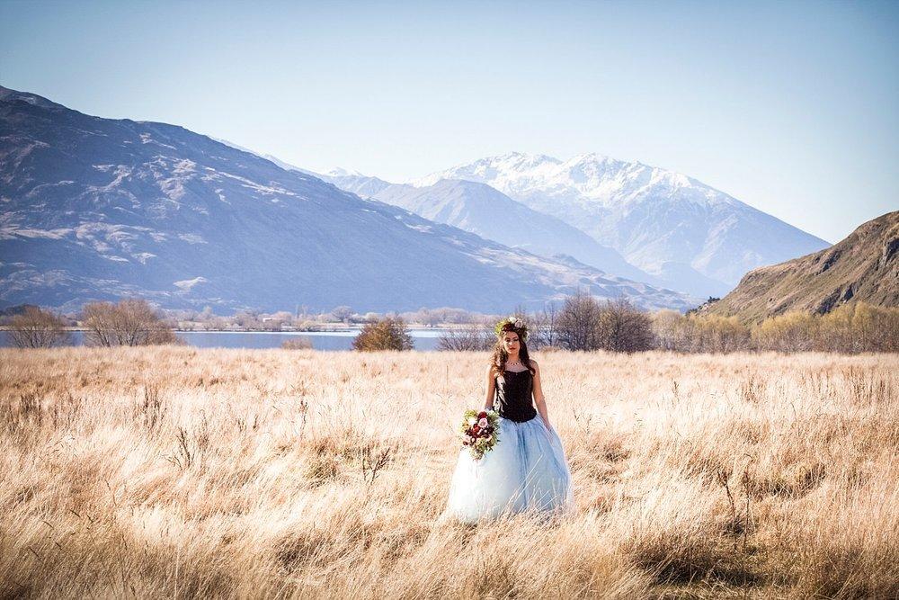 runaway-bride-wanaka-styled-shoot-07.jpg