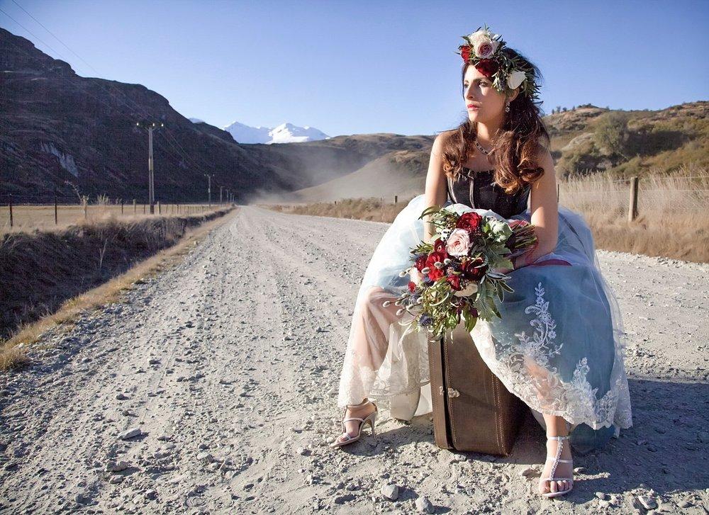 runaway-bride-wanaka-styled-shoot-10.jpg