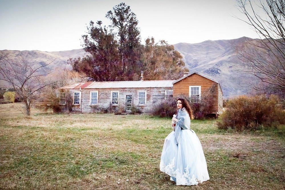 runaway-bride-wanaka-styled-shoot-24.jpg