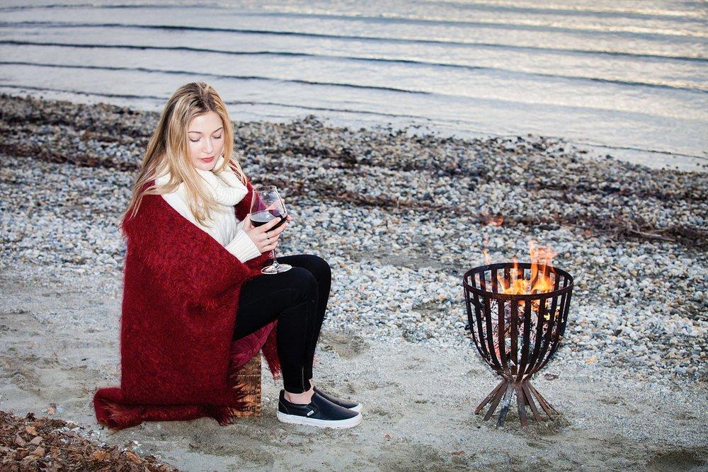 romantic-engagement-picnic-wanaka-21.jpg