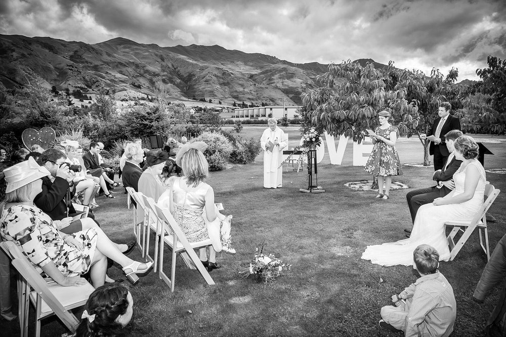 the-venue-wanaka-wedding-10.jpg