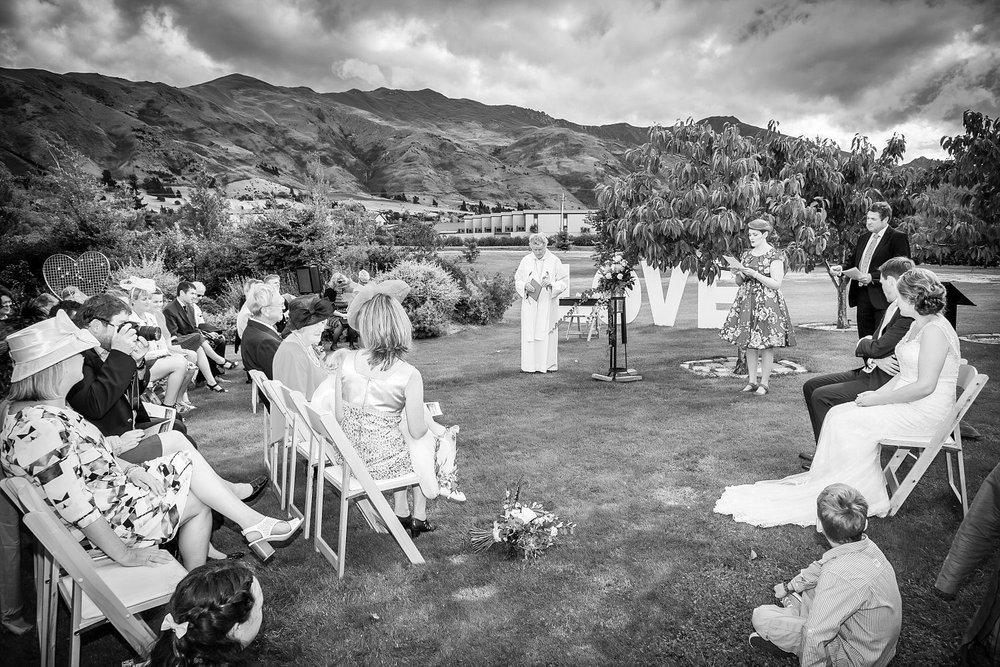 the-venue-wanaka-wedding-10.jpg