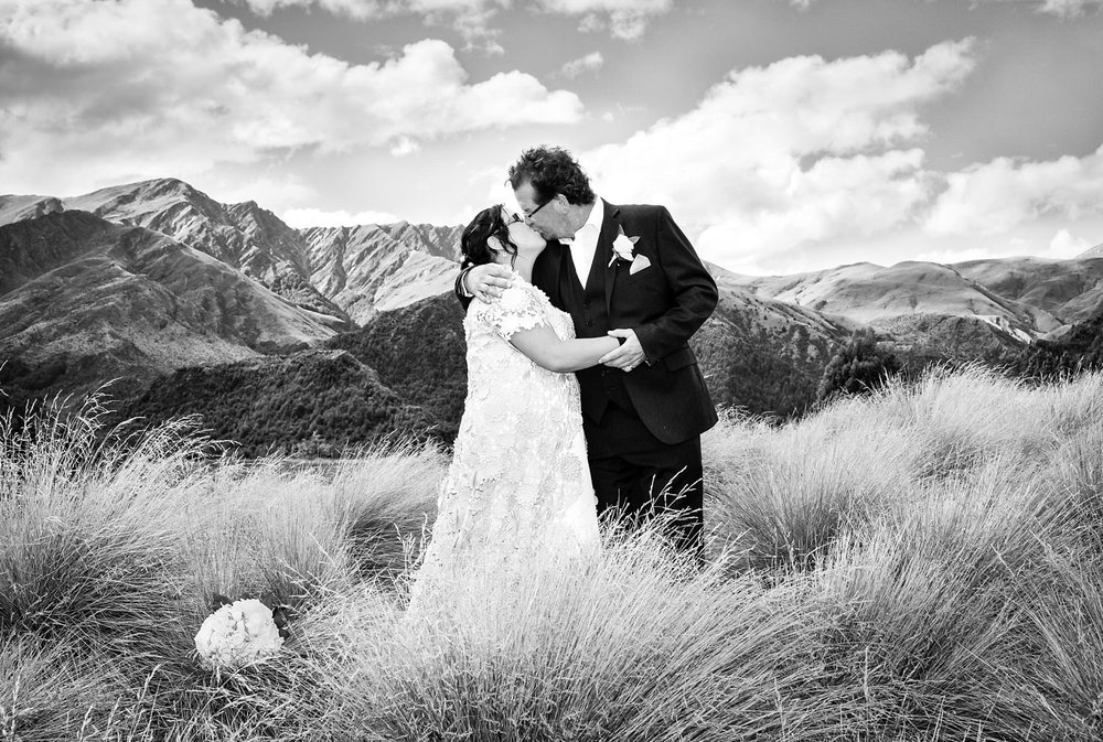 56-arrowtown-golf-course-wedding-photograph-fluidphoto-18.jpg