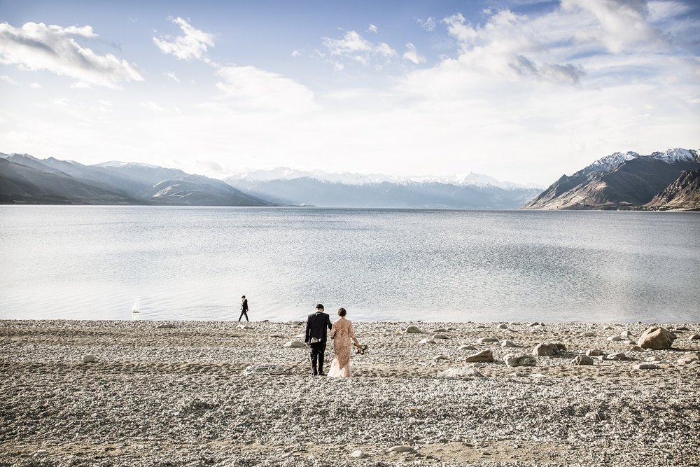 lake-hawea-elopement-wedding-photographer-10.jpg