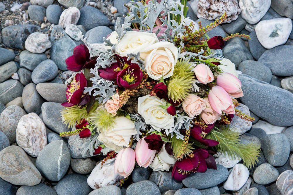 lake-hawea-elopement-wedding-photographer-17.jpg