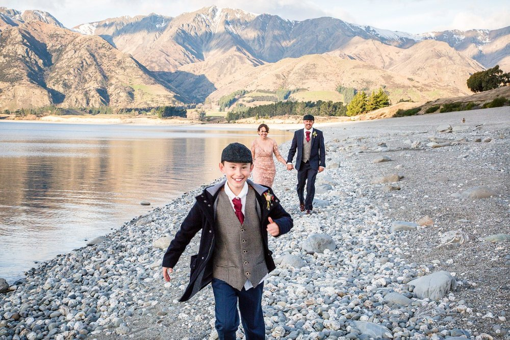 lake-hawea-elopement-wedding-photographer-20.jpg