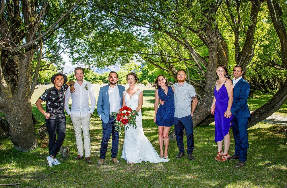 11-wedding-group-photo.jpg