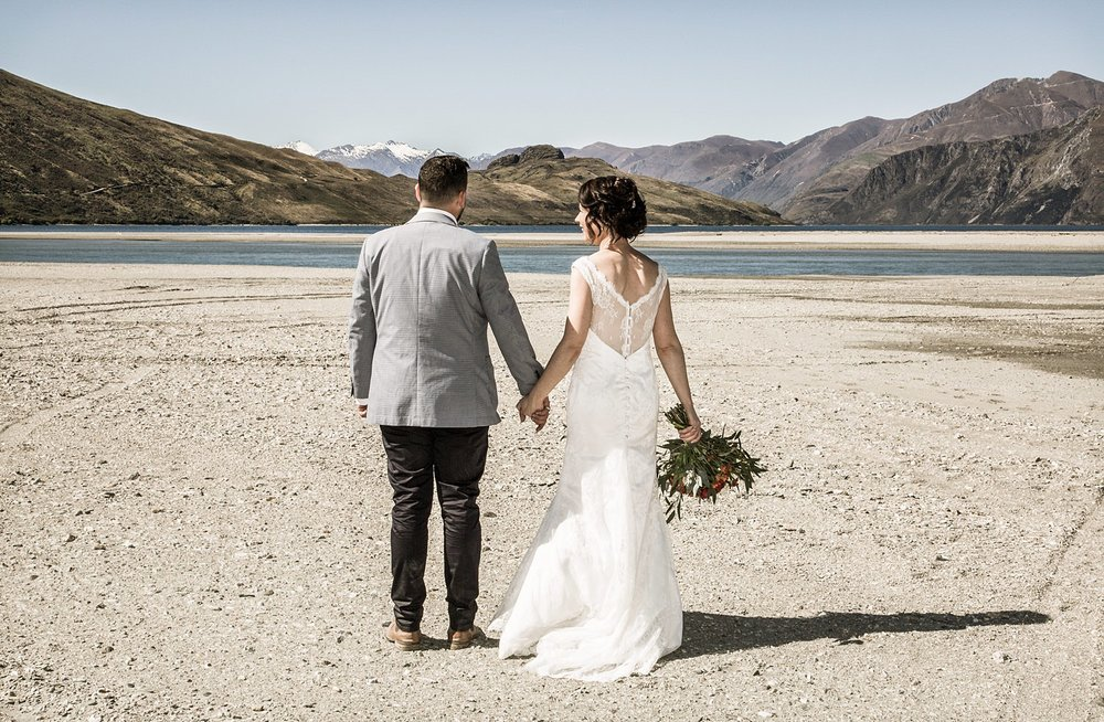 14-wanaka-wedding-photographer.jpg